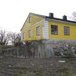 Hedensbergs flygelbyggnad och dess närområde