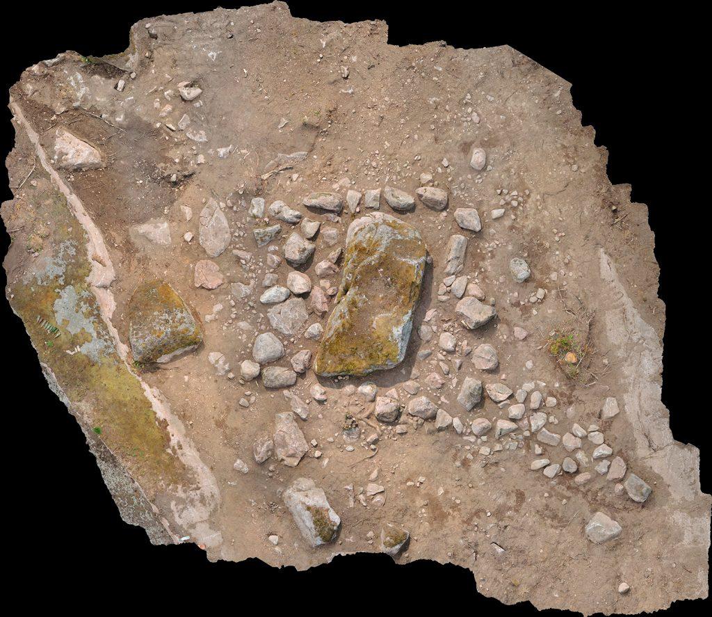 Lodfoto av stensättningen Landeryd 95:2.