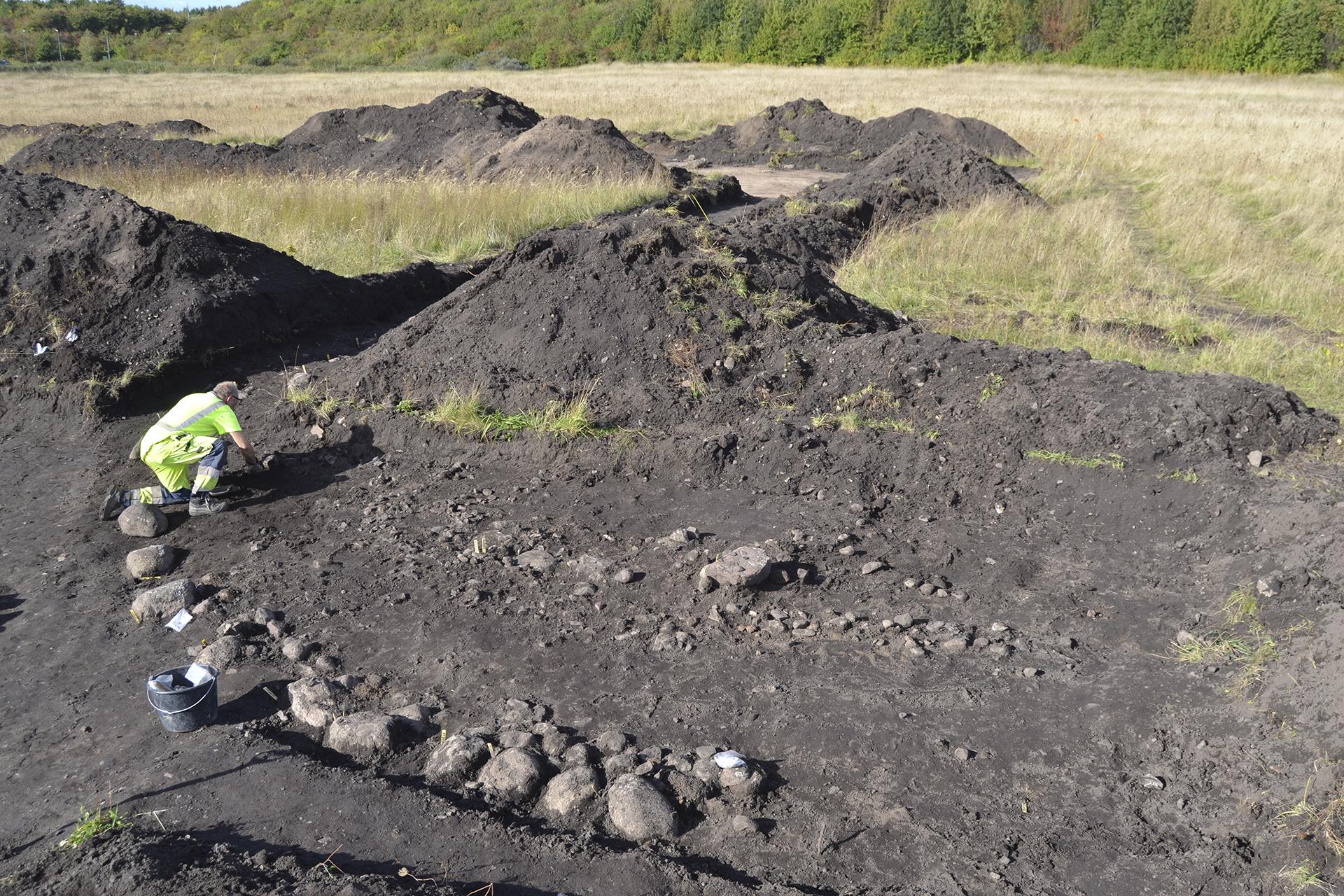 Figur 4. Grav 2. Foto: Magnus Andersson, Arkeologerna. CC-BY.